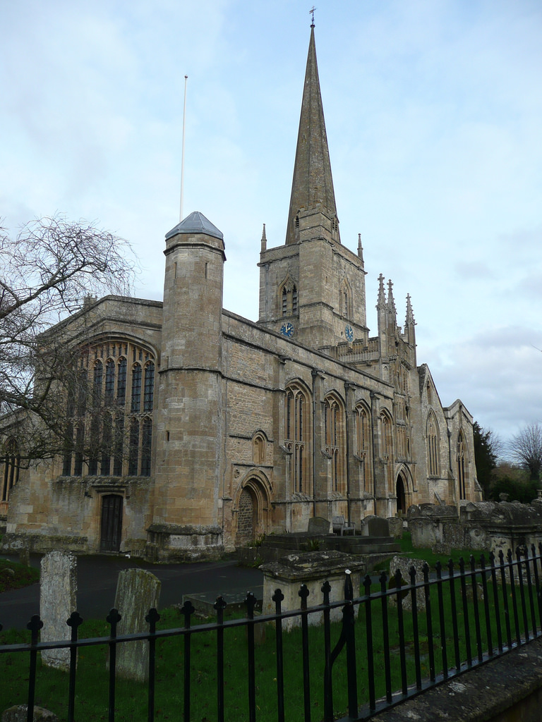 Photo of St. John the Baptist Church in Burford courtesy of Tom Bastin, CC by 2.0
